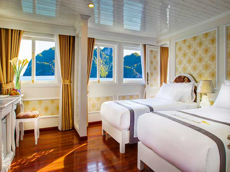 Signature Junior Suite - 1 Pax/ Cabin (Location: 1st Deck - Ocean View)