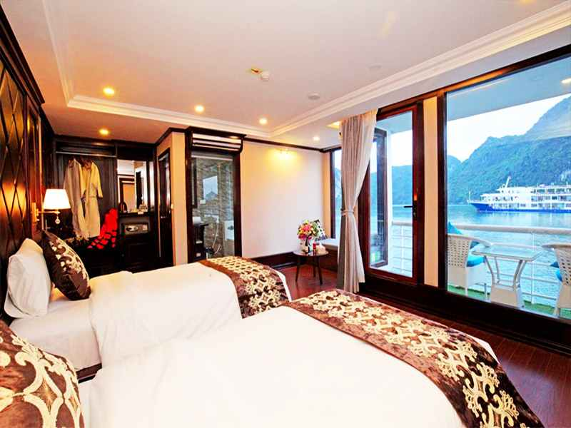 Executive Ocean View - 3 Pax/ Cabin (Location: 2nd Deck - Private Balcony)