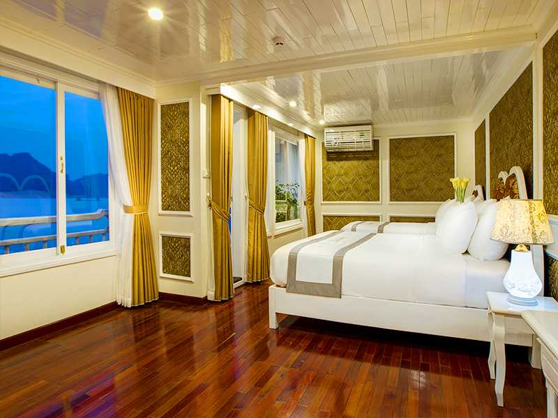 Royal Family Suite - 3 Pax/ Cabin (Location: 3rd Deck - Jacuzzi, Private Balcony)
