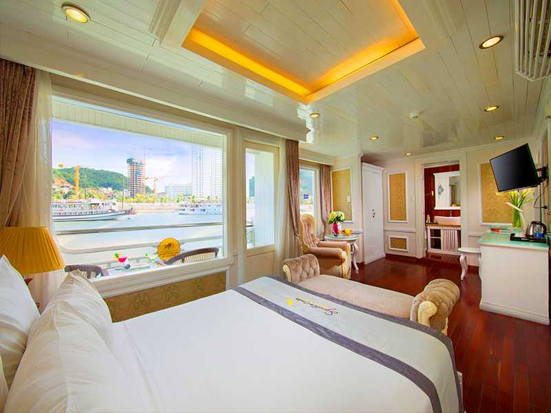 Senior Suite Ocean Views - 1 Pax/ Cabin (Location: 2nd Deck - Private Balcony)