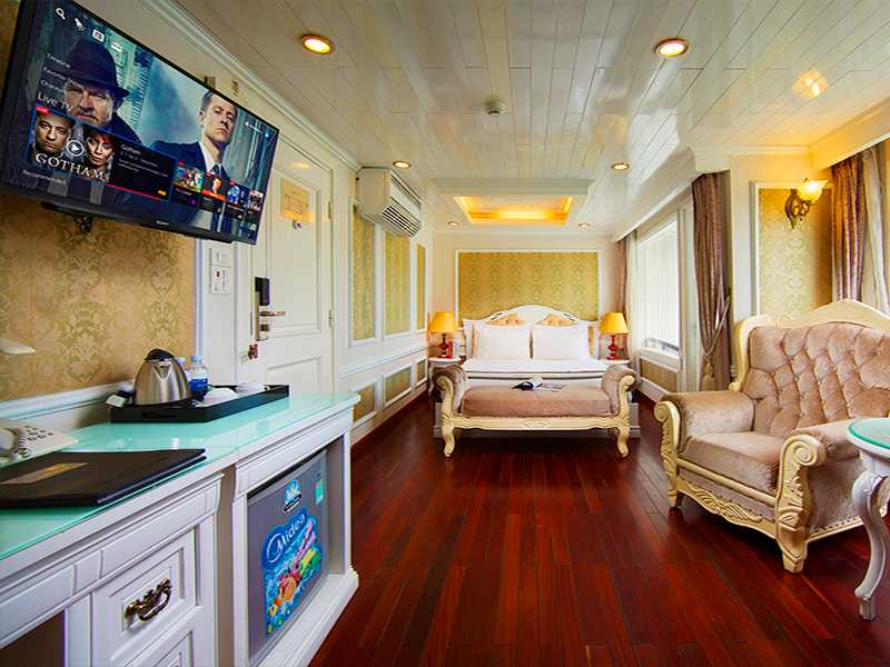 Senior Suite Ocean Views - 2 Pax/ Cabin (Location: 2nd Deck - Private Balcony)