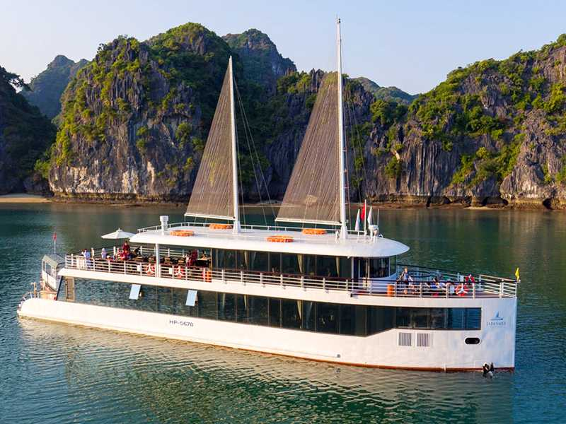 Jade Sails Cruise - 1 Day Luxury Tour (7-Hours Cruise)